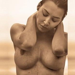 Naya Rivera Nude Titty Pics