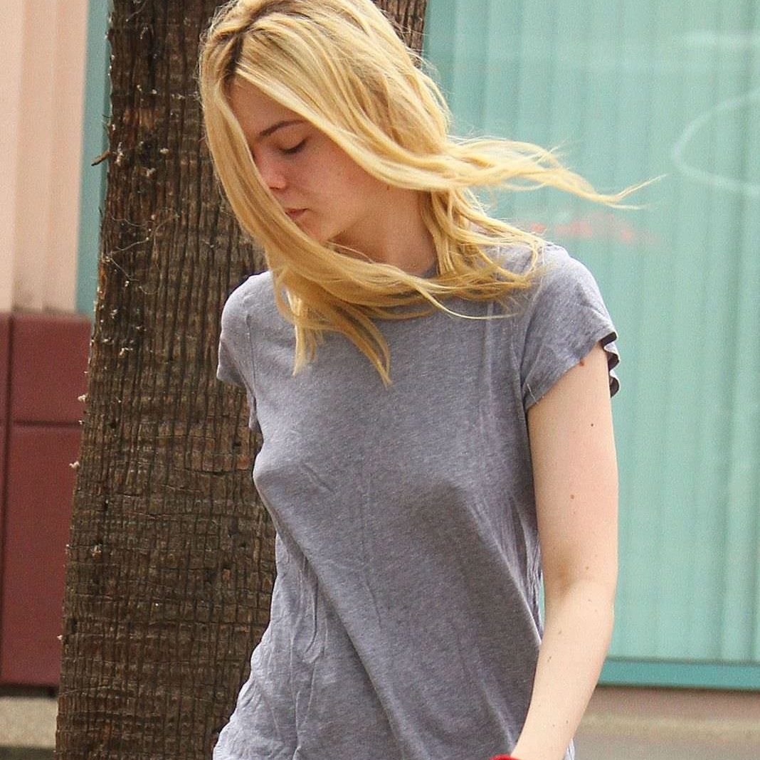 Elle Fanning Takes Her Tit Out For Her Fans