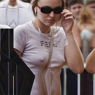 Lily-Ross Depp Proudly Parades Her Puffy Nips And Tight Ass