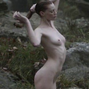 "Alyssa Sutherland Nude Scene From ""Vikings"""