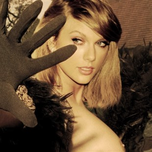 Taylor Swift Flashes Her Boob For An Old-Timey Starlet Photo