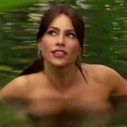 Sofia Vergara Showing Her Nipples On Video