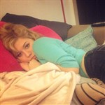 Jennette McCurdy Pouting For A Muslim Man