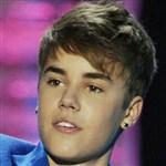 Justin Bieber Gets Ears Pierced, Completes Lesbian Transformation