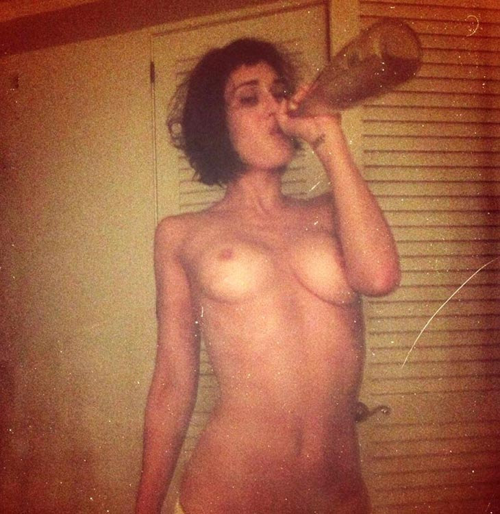 Lizzy Caplan Nude LEAKED Pics, Porn and Sex Scenes