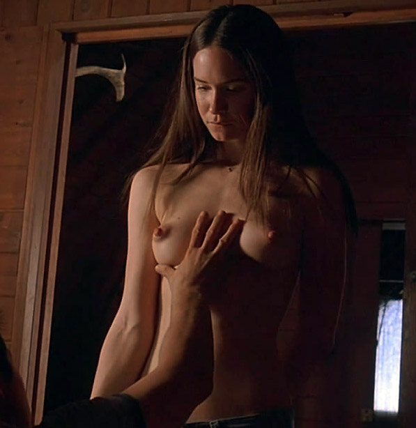 Katherine Waterston Nude in Sex Scenes and Hot Pics