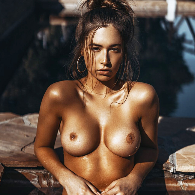 Elsie Hewitt Nude & Topless Pics And LEAKED Porn