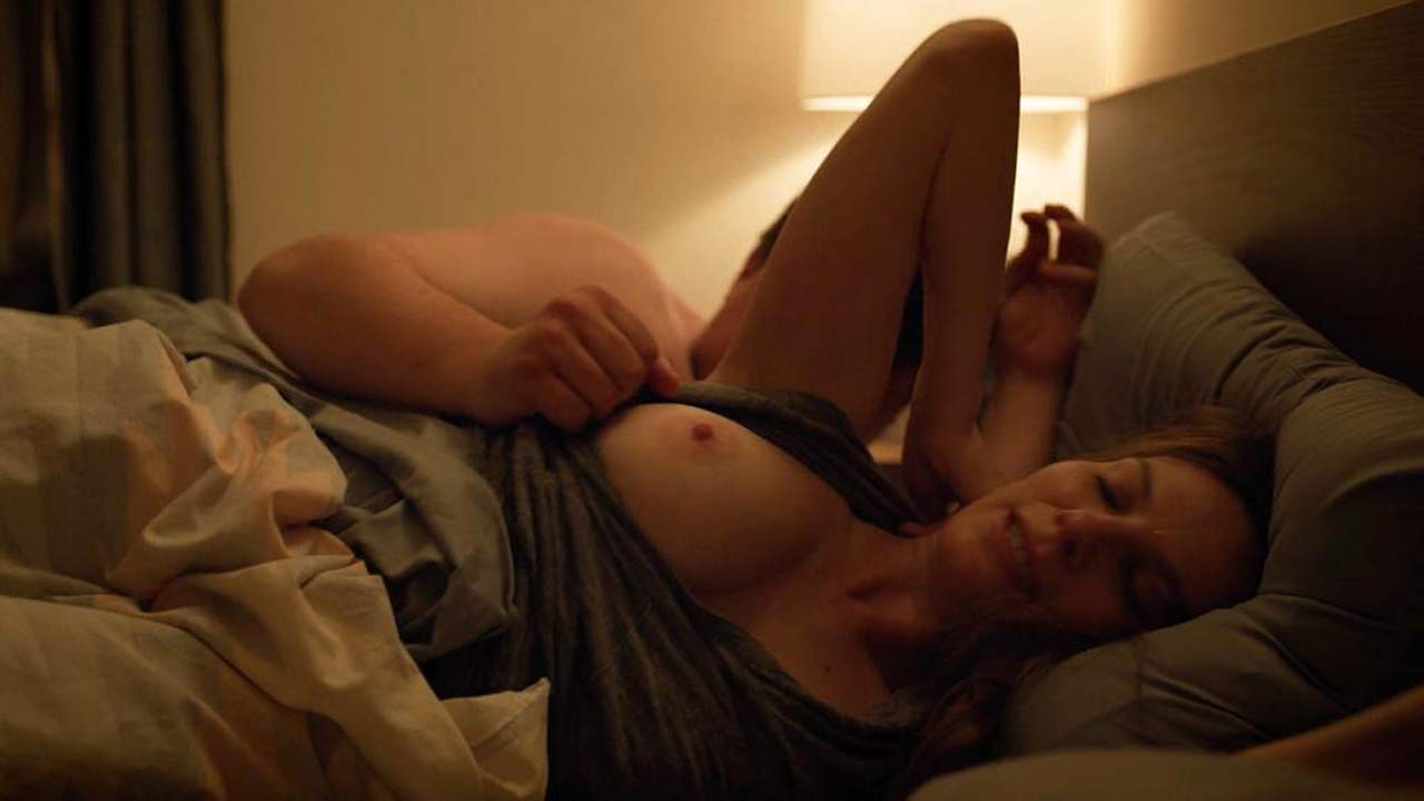 Lindsay Burdge Nude Sex Scene from 'Easy'