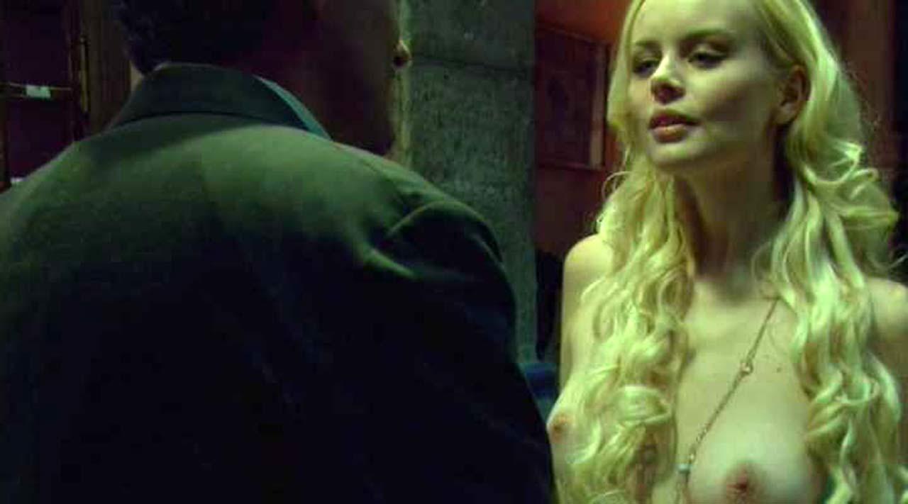 Helena Mattsson Naked Scene from 'Species The Awakening'