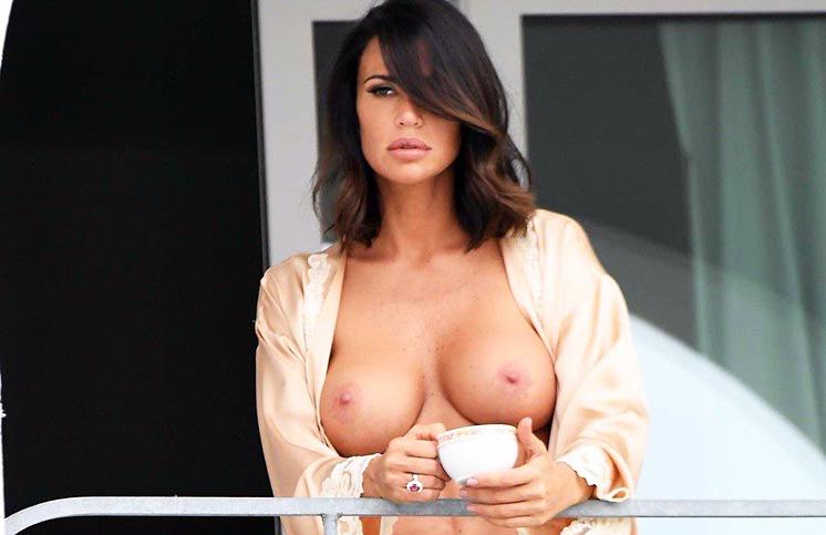 Claudia Galanti Nude Tits On Balcony