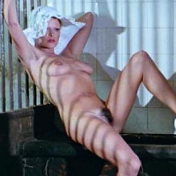 Karine Gambier Nude Sex Scene in 'Die Nichten der Frau berst'