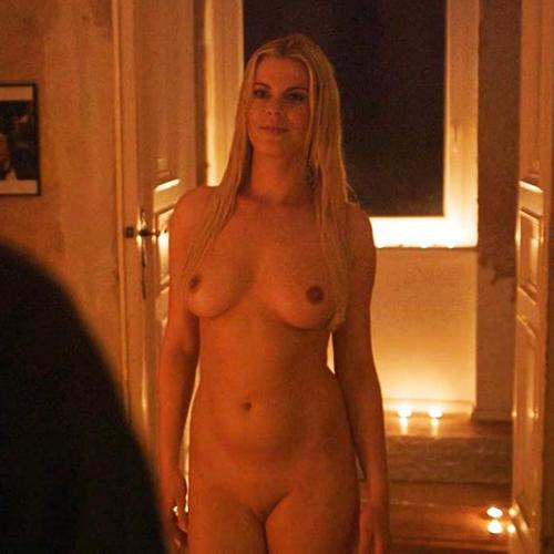 Jenny Edner Nude Pussy & Boobs in Blowjob Scene from 'Fikkefuchs'
