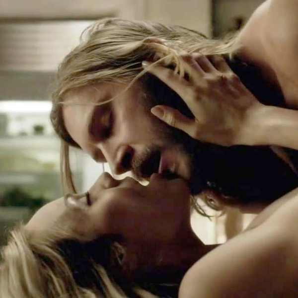 Laura Vandervoort Making Out In Hot Sex Scene From 'Bitten' Series