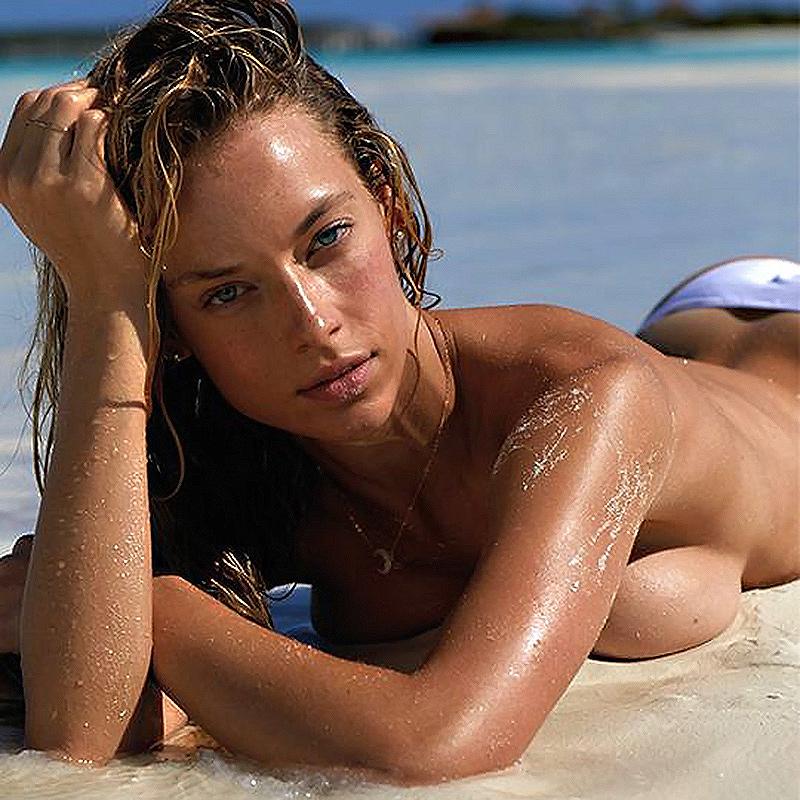 Hannah Ferguson Topless And Nude On The Beach—Würth Calender 2018