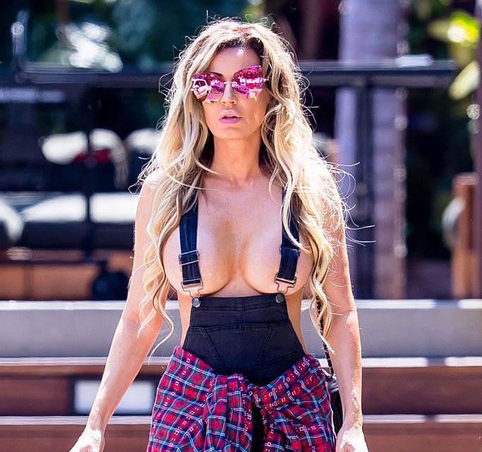 Ana Braga Boobs Suspenders In Malibu