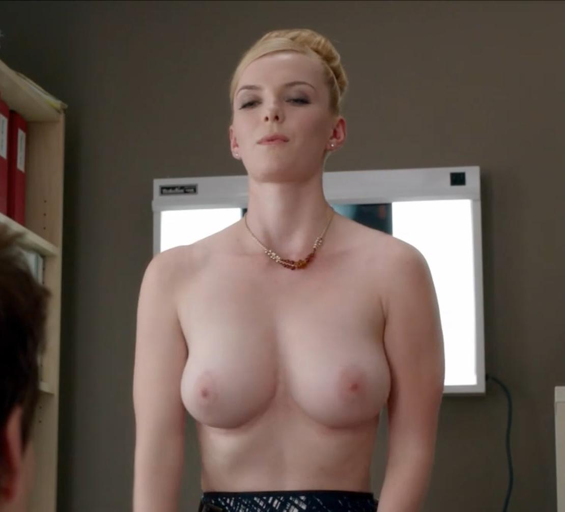 Betty Gilpin Topless Scene In Nurse Jackie Series