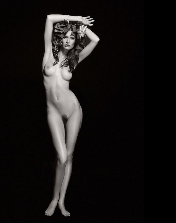 Bianca Balti nudity