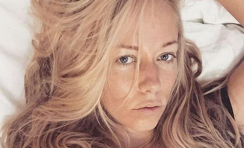 Hugh Hefner's ExGF Kendra Wilkinson Exposed