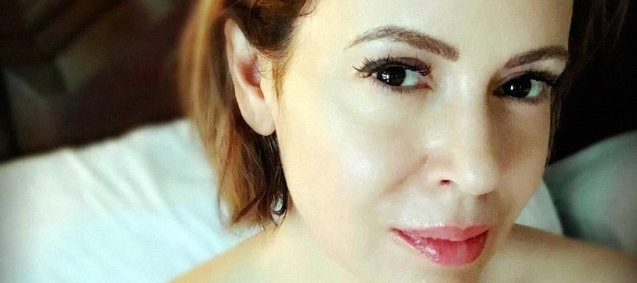 Alyssa Milano Nude — PERFECT Tits, Pussy, Paparazzi Pics & Videos
